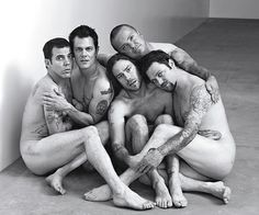 Designs Good - The Jackass Crew's interpretation photographed by Robert Trachtenberg for Rolling Stone Magazine. Oh my goodness, those Jackass boys are ridiculous and, I'll admit it, hillarious (and, sometimes, super gross)!