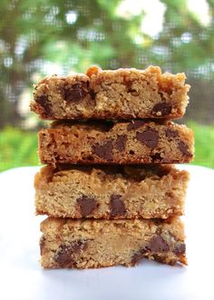 Disappearing Marshmallow Blondies