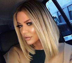 A Khloé Kardashian está na sua melhor fase – pelo menos fisicamente. Ela conseguiu perder quase 20 quilos e, no final do ano passado, aderiu ao long bob. Imagino que a repaginada no look tenha feito bem para sua auto-estima. Na última semana, ela apareceu mais bonita do que nunca em Nova York.