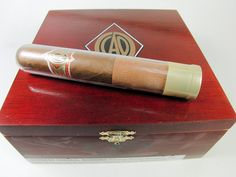 CAO Gold Robusto Tubo    www.SeriousCigars.com