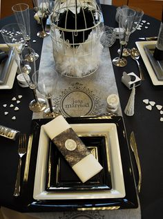 "Table de mariage Noire et blanche ""Just Married"" Diner Decor, Centerpieces, Table Decorations, Deco Table, Menu Cards, Just Married, Event Decor, Communion, Gold Wedding"