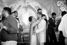 wedding photographers durban Photographers, Wedding Photography, Couple Photos, Concert, Couples, Blog, Wedding Shot, Couple Photography