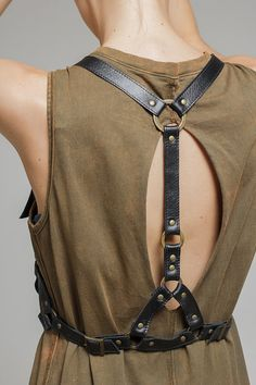 This genuine leather harness is a great statement piece that will tour your easy dress or basic top into a fashionable outfit. This harness accessory will become a wonderful gift for a girl with a relaxed, cool style. To produce our leather harnesses we use high-quality real leather in