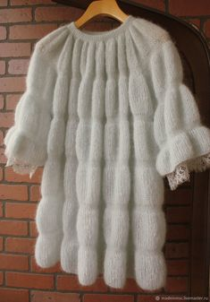 Кофты и свитера ручной работы. Knitted Coat, Mohair Sweater, Baby Knitting Patterns, Knitting Designs, Knitting Projects, Knit Fashion, Fashion Outfits, Knit Picks, Pulls