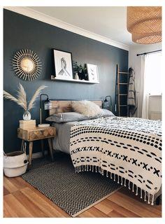 Room Ideas Bedroom, Home Decor Bedroom, Warm Bedroom, Wooden Furniture Bedroom, Wooden Wall Bedroom, Industrial Bedroom Decor, Adult Bedroom Ideas, Edgy Bedroom, Bedroom Designs For Couples