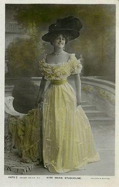 Miss Marie Studholme - No. 4479 D Postcard - Click Image to Close