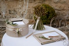 Urne et livre d'or de mariage by Tanaga ambiance designer