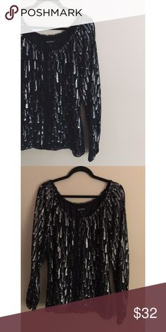 W H I T E H O U S E B L A C K M A R K E T Silk • Metallic print • Loose fit • Excellent condition • NO TRADES/HOLDS • All reasonable offers accepted• White House Black Market Tops