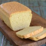 The Keto Diet, or Ketogenic Diet is a high-fat, moderate protein, low-carb diet good for weight loss and more. Here are the best sugar-free, keto recipes! Almond Flour Bread, Almond Flour Recipes, Best Keto Bread, Paleo Bread, Bread Diet, Keto Foods, Pan Cetogénico, Galletas Keto, Egg White Protein