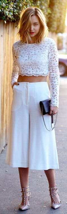 "we are here to talk about Culottes Outfit. So checkout Classy Culottes Outfit Ideas For Women"" Boho Outfits, Stylish Outfits, Fashion Outfits, Fashion Trends, Woman Outfits, Night Outfits, Fashion Story, Looks Chic, Looks Style"