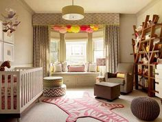 kids room design with window seat