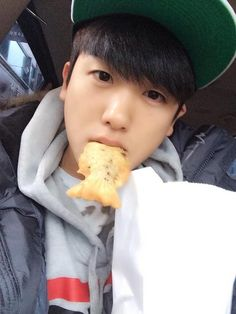 Park Hyungsik Selca (ZE:A)