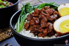 BNF Taiwan week won't be complete without featuring this popular Taiwanese staple dish – Lu Rou Fan (Braised Pork Rice). Braising is one of my favorite method to cook meat. It is not only economical but also efficient. Braised meat taste even better the next day.