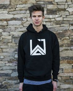 Ski Jumping, Skiing, Graphic Sweatshirt, Jumpers, Sweatshirts, Sky, Sports, Athletes, Germany