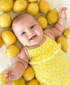 Cute Baby Boy, Cute Little Baby, Little Babies, Cute Kids, Cute Babies, Baby Kids, Precious Children, Beautiful Children, Beautiful Babies