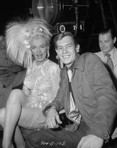 Marilyn with Johnnie Ray (1954)