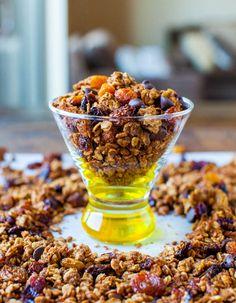 Averie Cooks » Soft Vegan Pumpkin Cake with Pumpkin Spice Buttercream Frosting