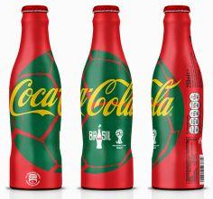 la cuisine du graphiste: Coca-Cola change de robe pour aller au Brésil