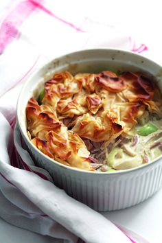 Chicken, ham and leek filo pie recipe. Use the Roast chicken with speedy gravy recipe to make a delicious Sunday lunch and this creamy chicken pie. Ham And Leek Pie, Chicken And Ham Pie, Creamy Chicken Pie, Chicken Recipes, Roast Chicken, Recipe Chicken, Foie Gras, Cooking Recipes, Healthy Recipes