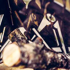 Schreiner Zunftzeichen individueller Feuerkorb mit Wunschmotiv Wir fertigen - nur für Sie - nach Ihrer Vorlage oder eines von uns für Sie erstellten Motivs Ihre robuste Feuerschale, einen eleganten Feuerkorb oder eine rustikale Feuertonne - ganz nach Ihren Vorstellungen aus hochwertigem 4 mm Stahl.