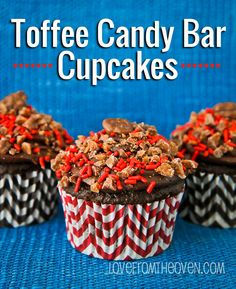 Toffee Candy Bar #Cupcakes by Love From The Oven