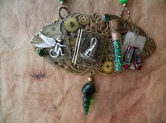 OZ Necklace...I want this!!!