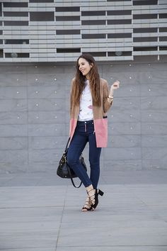 Giacca in camoscio, tocchi di rosa e applicazioni: 3 trend!