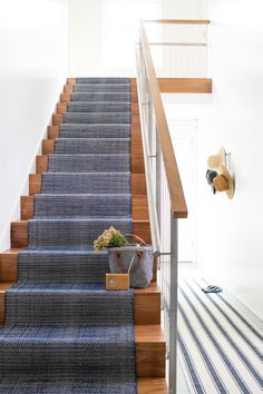 Dash & Albert Europe - Herringbone Indigo Cotton Rug (as Stair Runner) Style At Home, Stair Runner Installation, Staircase Runner, Navy Stair Runner, Hallway Runner, Escalier Design, Stair Makeover, Wood Stairs, Painted Stairs