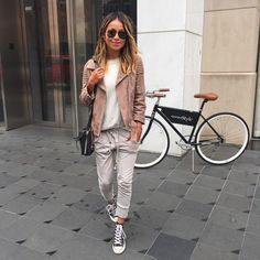 North Fashion: 30 WAYS TO WEAR SUEDE JACKET THIS SPRING 2016