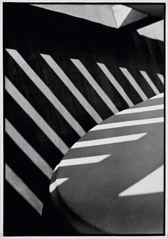 Strand (paul / Strand (paul)abstraction, porch shadows, connecticut  1915 (348 x 240 mm). tirage 1976.
