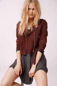 Women's Clothing | Apparel | Fashion | Fall | Sweaters | Dresses | Jeans | Skirts #fashion #women #apparel #clothes #dress | SHOP @ Women's Clothing | Apparel | Fashion | Fall | Sweaters | Dresses | Jeans | Skirts #fashion #women #apparel #clothes #dress | SHOP @ CollectiveStyles.com