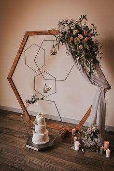 Hexagon Wedding backdrop and decor - #Backdrop #decor #Hexagon #wedding