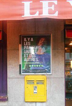 Paris, Aldo, Broadway Shows, Neon Signs, Watch, Youtube, Montmartre Paris, Clock, Bracelet Watch