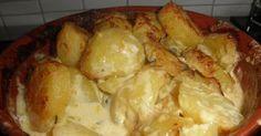 Herkullisen aterian kruunaavat nämä täyteläiset perunat. Sopivat hyvin niin lihan, kanan kuin kalankin kanssa. Aurajuustoperunat ...