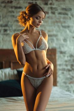 In In Sexy Lingerie Pose Lingerie Donne Donne BhQtrdsCx