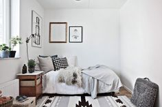 This bedroom makes me want to strip my flat down to monochrome!