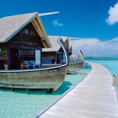 Luxury Boat Hotel at the beautiful Cocoa Island Resort in Maldives. #dwellinggawker