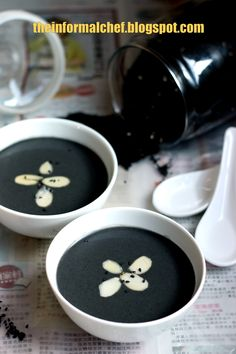 Black Sesame Soup/Zhi Ma Hu 芝麻糊 I am surprised not many home cooks make this. Many prefer to buy but I find the home cooked ones to be more intense in flavour and aroma. It is relatively easy to make and it has a lot of nutritional values. So, if you are at loss at what dessert/tong sui to cook for your family, do consider this fragrant black sesame seed tong sui.