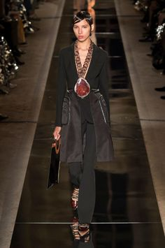 Givenchy's spring 2017 collection. Outfit fab, shoes AMAZING!!