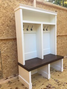 Entryway bench/shoe storage/organization/mudroom/hall tree/coat Entryway Locker available all colors measures 20 with 6 hooks bench stained Dark walnut - Aufbewahrung Entry Way Lockers, Build Your Own Garage, Hall Tree Bench, Hall Trees, Br House, Mudroom Laundry Room, Mudroom Cubbies, Mudroom Cabinets, Bench With Storage