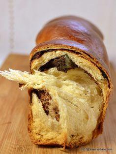 cel mai pufos cozonac reteta pas cu pas Sweets Recipes, Baby Food Recipes, Baking Recipes, Healthy Recipes, Romanian Desserts, Romanian Food, Romanian Recipes, Delicious Desserts, Yummy Food