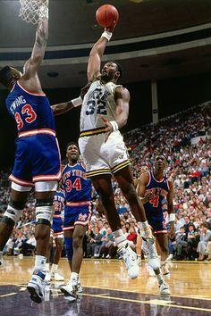 New York Knicks Imagens e fotografias - Getty Images Karl Malone, Nba, New York Knicks, Basketball Legends, Basketball Court, Murcia, John Wall, Utah Jazz, Larry Bird
