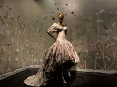 Alexander McQueen F/W 2006, shown at China: Through the Looking Glass, photographed by Betty Sze