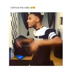 Dance Sing, Music Sing, Rap Music, Funny Video Memes, Funny Relatable Memes, Funny Texts, Best Rap Songs, Cute Songs, Music Mood