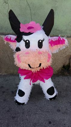 Cow Birthday Parties, Country Birthday Party, Wild One Birthday Party, Cowgirl Birthday, Cowgirl Party, 1st Birthday Girls, Farm Animal Birthday, Farm Birthday, Barnyard Party