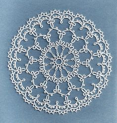 Tatted lace - wish I knew where this came from.