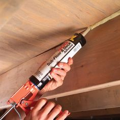How to Fix Squeaky Floors – – Diy Solid Wood Flooring, Diy Flooring, Fix Squeaky Floors, Diy Workbench, Diy Home Repair, Home Repairs, Reno, Home Improvement Projects, Casino Night