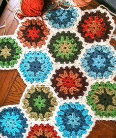 Granny Hexagon Pattern from Petals to Picots - love!