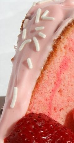 Strawberry Cream Cheese Pound Cake Recipe