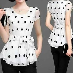 Stylish Clothes For Women, Stylish Outfits, Fashion Outfits, Crop Top Designs, Blouse Designs, African Attire, African Fashion Dresses, Fancy Tops, Couture Fashion
